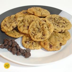 http://www.neessweets.com/1-345-thickbox/chocolate-chip-organic-cookies.jpg