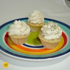 Vanilla Mini Organic Cupcakes with Vanilla Bean Organic Frosting and Sprinkles - 1 Dozen